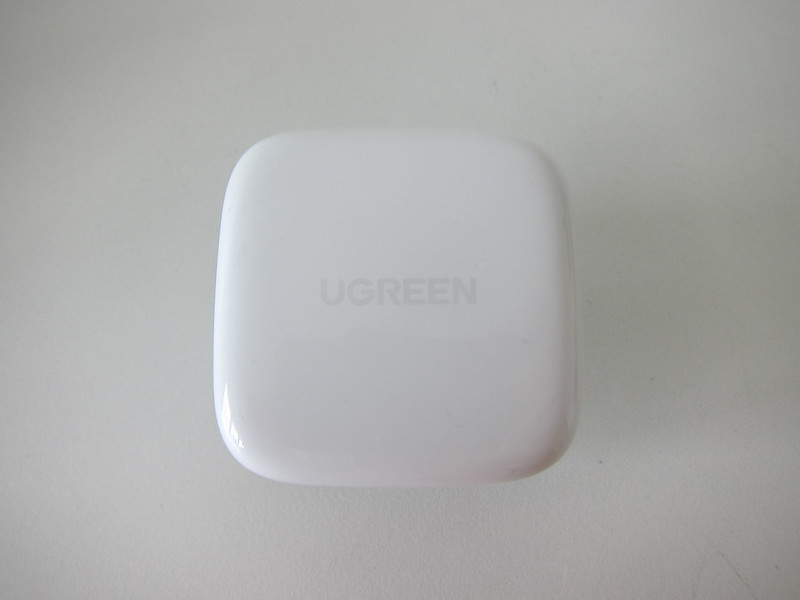 Ugreen 20W USB-C PD Charger - Top