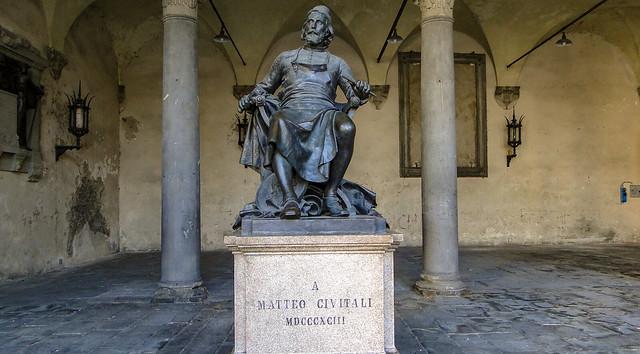 Lucca... in the loggia of Palazzo Pretorio