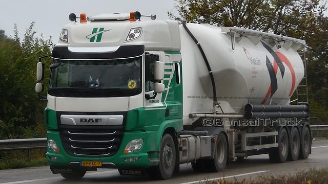 NL - Hurkmans >holcim<  DAF CF 86 SSC