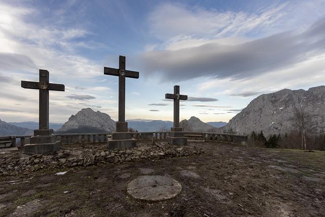 Mirador de las tres cruces. Urkiola.