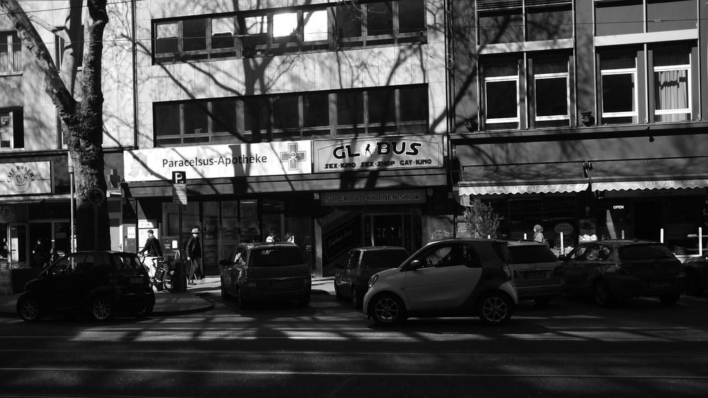 dancing shadow @ Düsseldorf, 2019