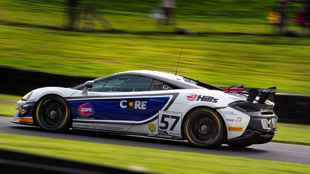 (57) HHC Motorsport McLaren 570S GT4