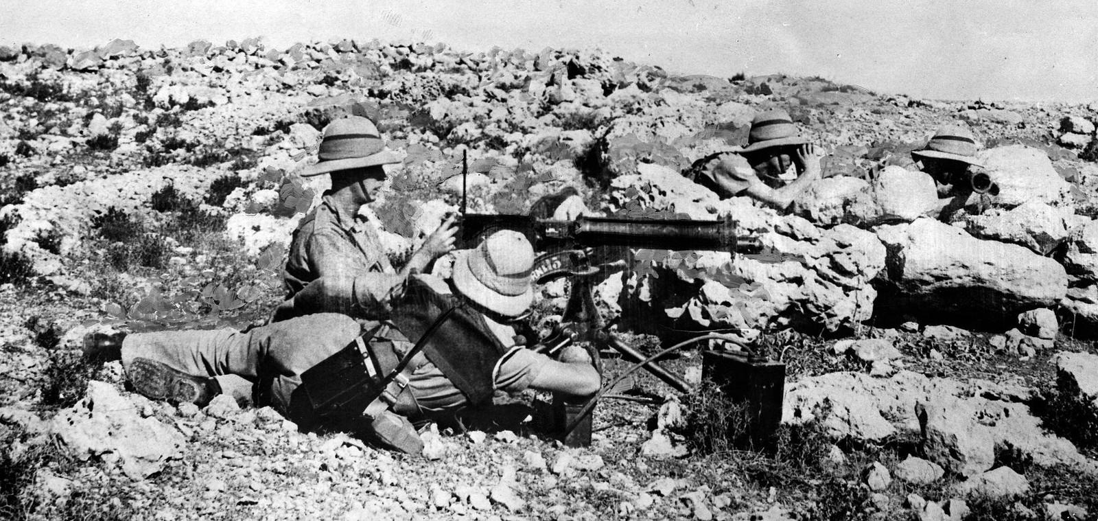 04. 1938. Британская армия под Иерусалимом