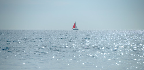 sail sailboat sonysel100400gmfe100400mmf4556gmoss pacific sonyα7riii a7r a7riii alpha ilce7rm3 pacificocean sel100400gm sony sonyalpha ocean supertelephoto telephoto water zoom santamonica california unitedstates
