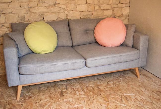 choix-de-notre-canape-comment-bien-le-choisir-quelle-couleur-decoration-interieure-blog-mode-la-rochelle-3