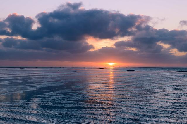 vliehors a cold sunset