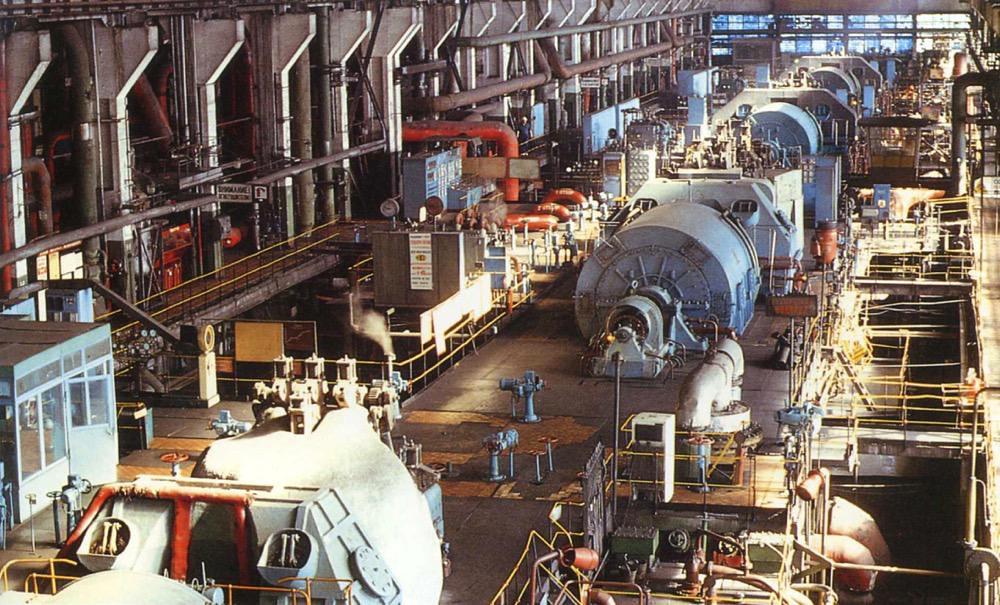1 Машинный зал Комсомольской ТЭЦ-2 (1995 г.)
