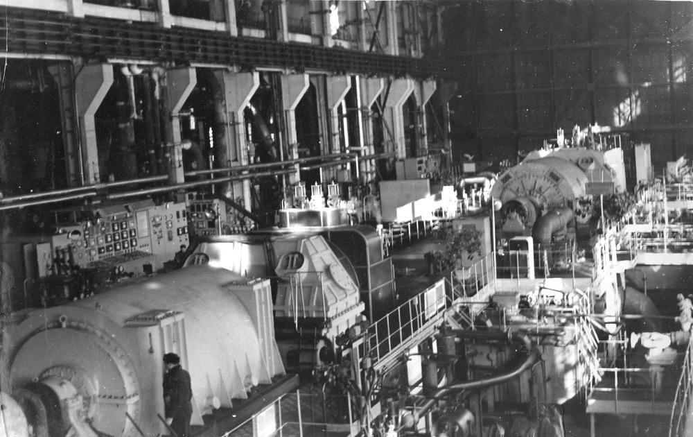 2 Турбинный зал 3-й очереди Комсомольской ТЭЦ-2 (1960-е гг.)