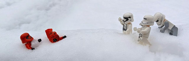 Sith Troopers are such easy targets in a snowball fight