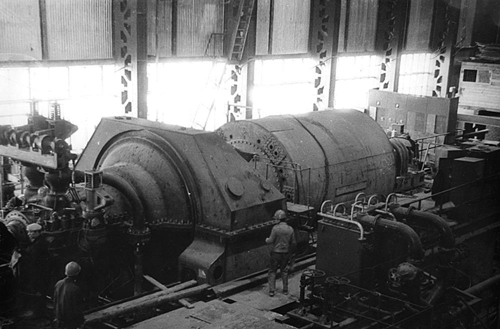 5 Введенный в строй турбоагрегат Николаевской ТЭЦ (1983 г.)