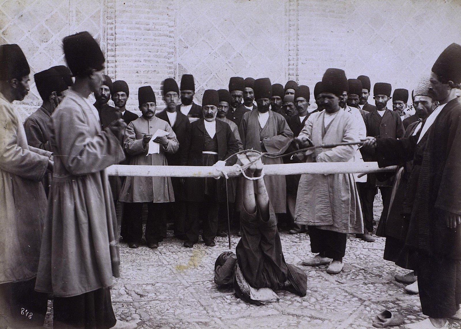 Наказание плетьми по пяткам
