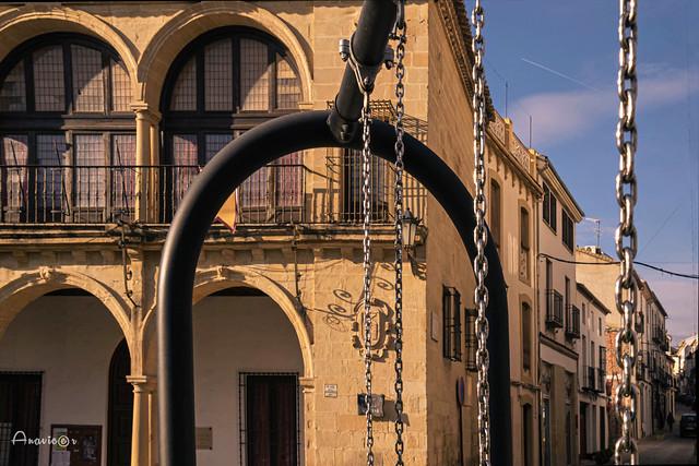 24_Arcos y cadenas