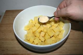 19 - Add garlic powder / Knoblauchpulver dazu geben