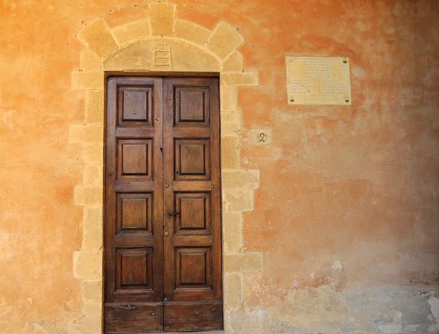 Castelluccio della Foce - porta