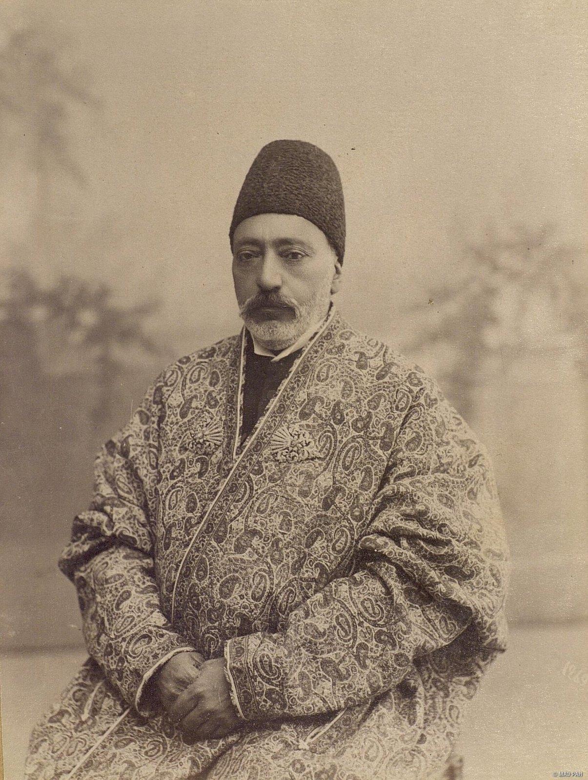 Мукбир Довлет, министр телеграфа