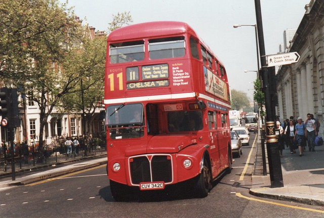 AEC ROUTEMASTER PARK ROYAL RML 2342 CUV342C LONDON TRANSPORT