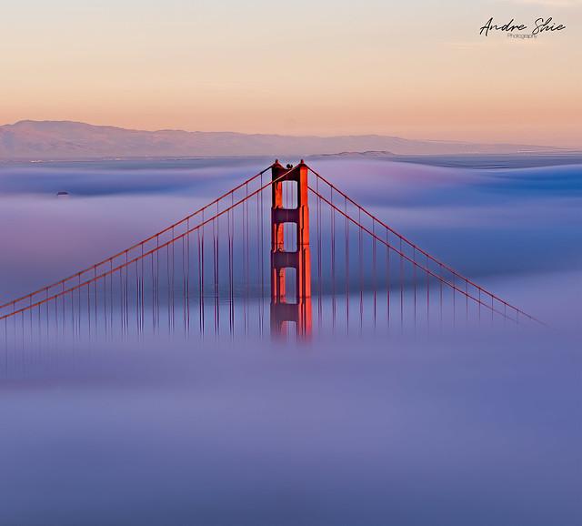 Long exposure of the Golden Gate Bridge Fog