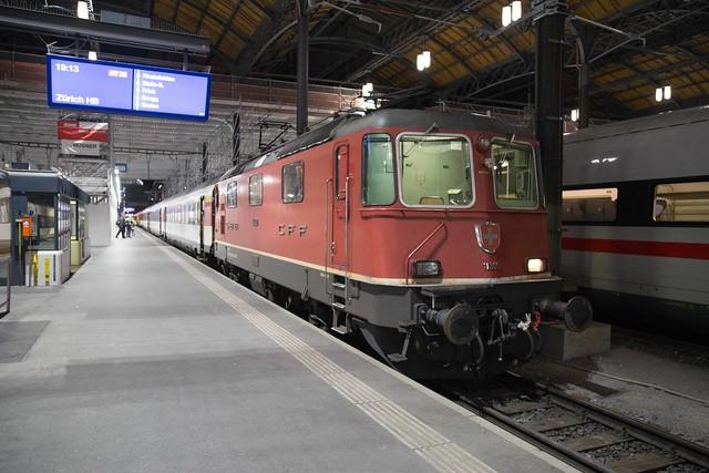 SBB Re 4/4 420 300 Basel SBB