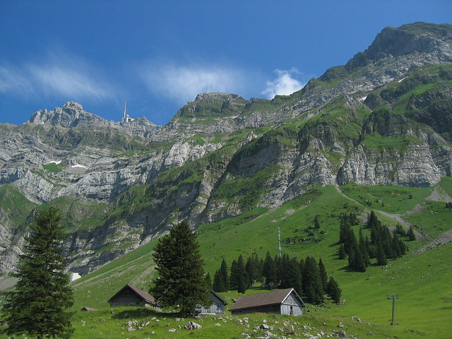 586_8646 Mit der Seilbahn rauf zum 2502 m hohen Säntis, 11.7.2006