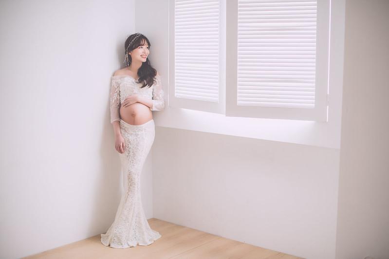 孕婦,寫真,喜悅,期待,攝影,造型,禮服,AMOR,莫兒禮服,時尚,孕禮服,AMOR,愛情來了,攝影棚,台中孕婦, 台中孕婦照