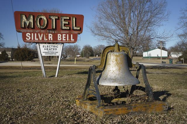 Silver Bell Motel