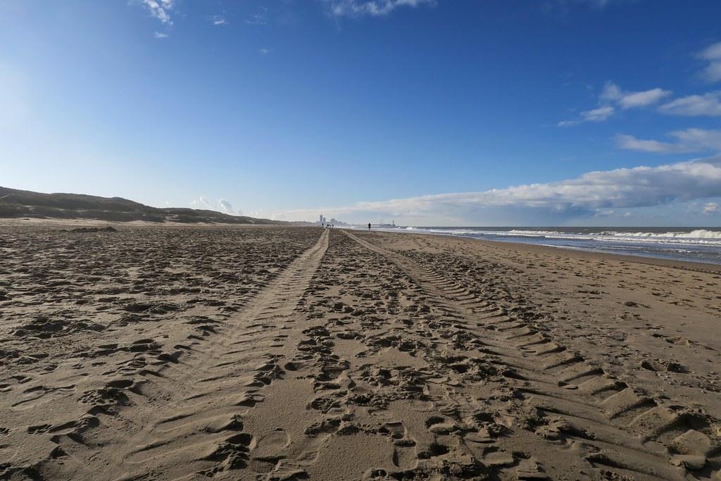 Strandwandeling. Richting Scheef.
