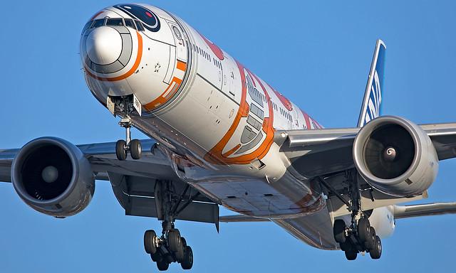 JA789A - Boeing 777-381ER - LHR