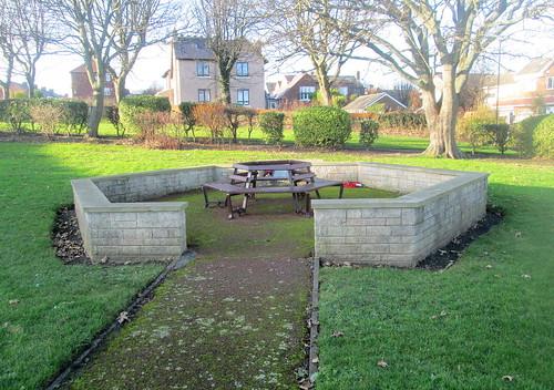 Fullwell War Memorial Enclosure