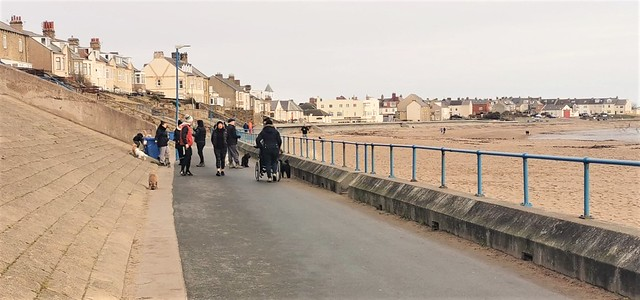 Newbiggin Promenade - Social Distancing Difficulties ??