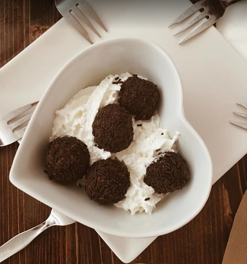 Truffles with whipped cream of the Cova del Xifré