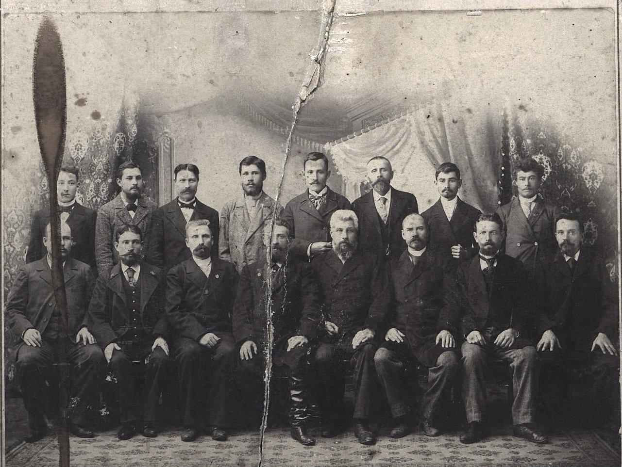 Команда парохода русского торгового флота «Хабаровск». 1890