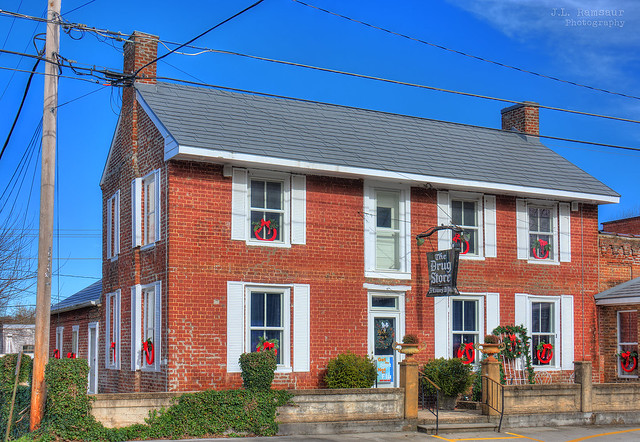 William Wiggins House (aka the Dr J.D. Nichols House) - The Drug Store - Benton, Tennessee