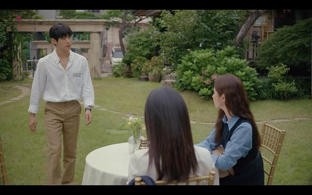 奔向愛情Run On,奇善謙走進露天咖啡,遇到正在和丹雅對談的薇朱