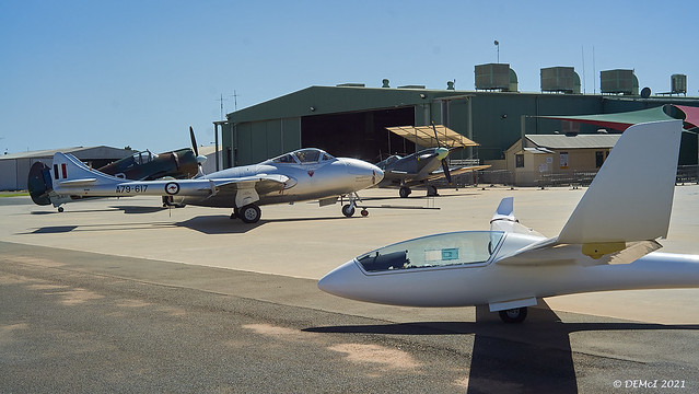 LS6b VH-GST with Temora Aviation Museum aircraft