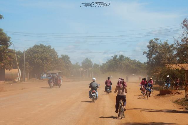 Le Strade Polverose Della Cambogia