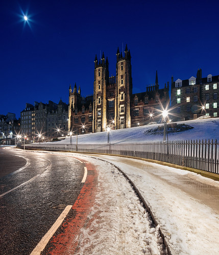Edinburgh - Snowy New College & Assembly Hall