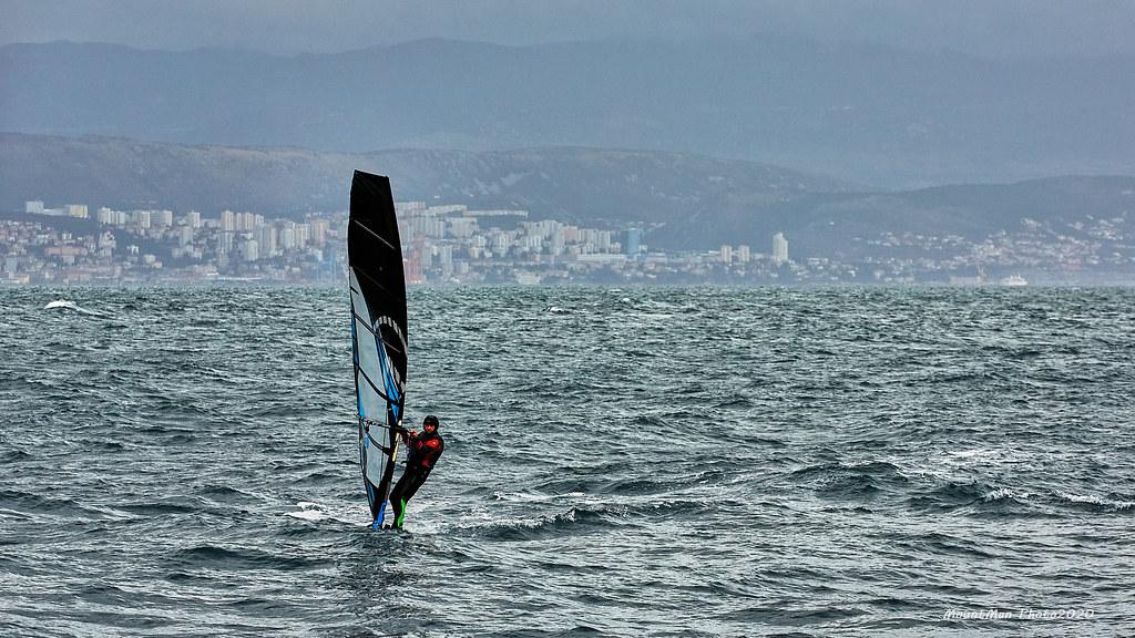 Lovran - windsurfing za iskusne morske vukove po jakom jugu