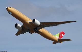TAP-Air Portugal Airbus A330-941 F-WWCG (CS-TUP)
