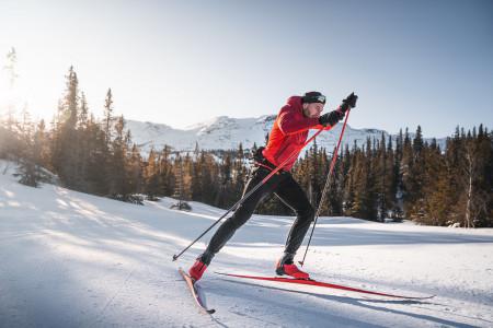 Skate lyže Atomic Redster S9 se zcela novou technologií Gen S vyhrává závody Světového Poháru