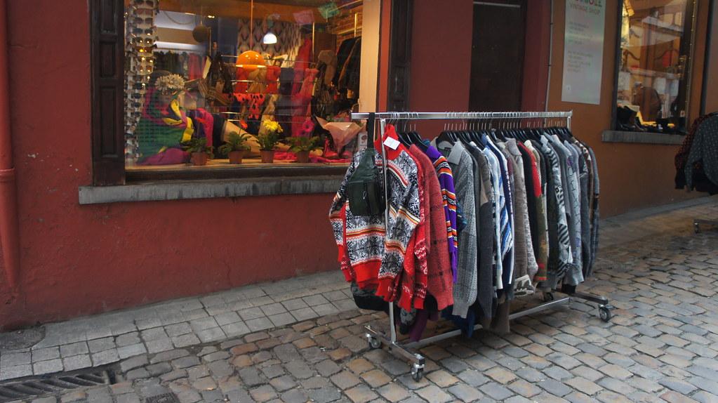 Tiendas de segunda mano, algo que nunca falta en Bruselas
