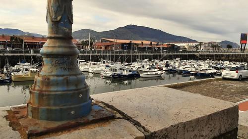 Desde el Puerto Viejo de Algorta hasta el Puente Colgante en Areeta