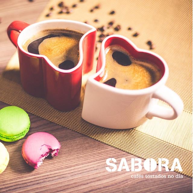 Amamos la cafeína en el café