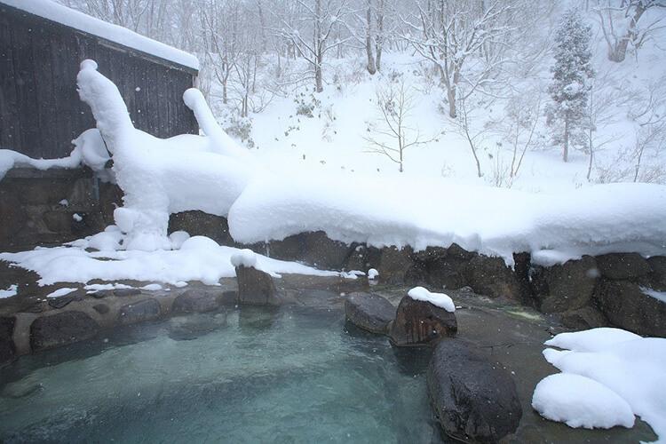 Nyuto Hot Springs