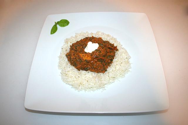 48 - Chicken Palak - Served / Serviert