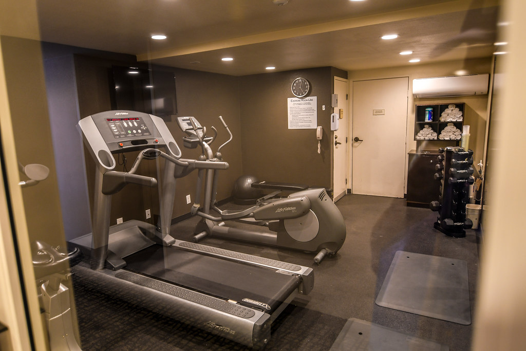 Portofino exercise room Anaheim