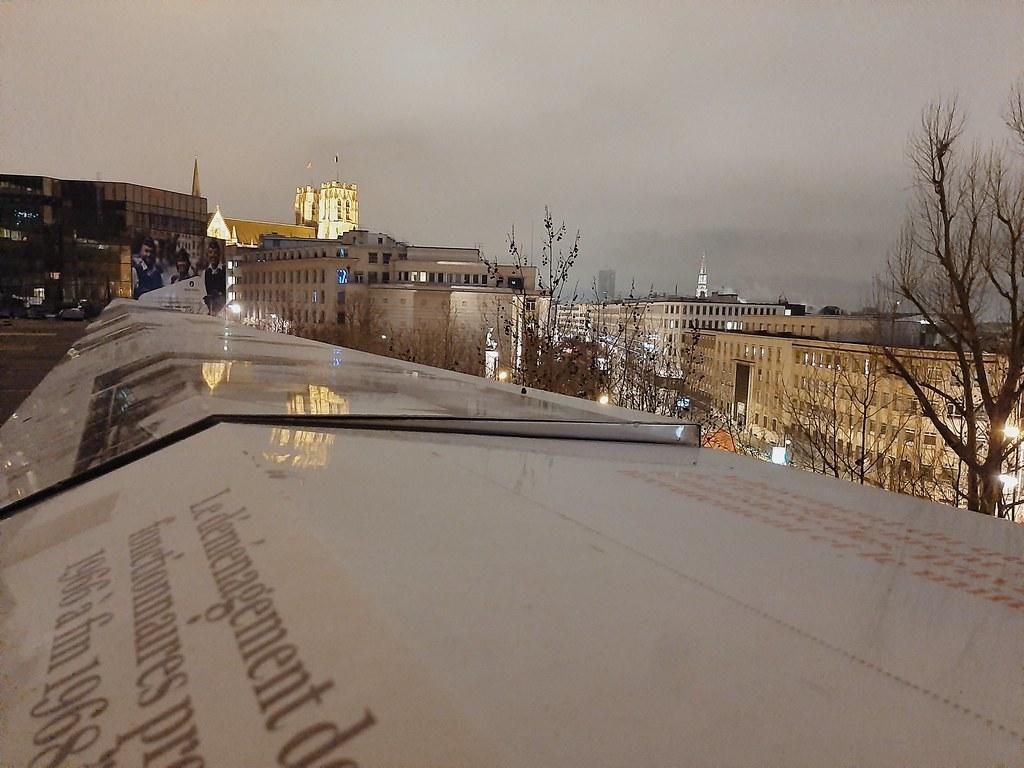 Catedral de Bruselas desde Place du Congrès