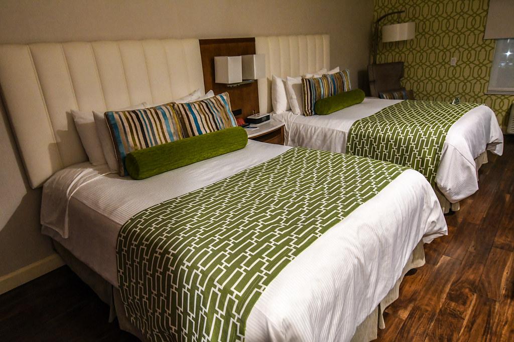 Hotel Indigo beds