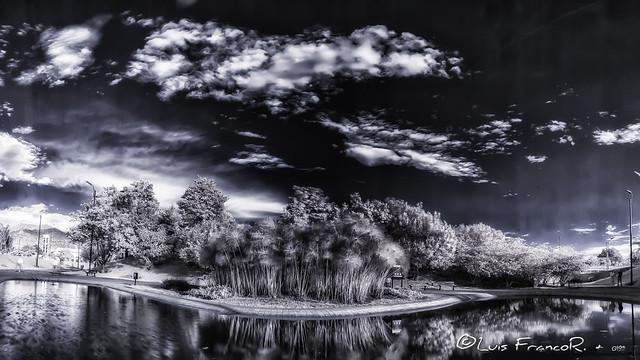 Paisaje  infrarrojo 720nm - infrared landscape