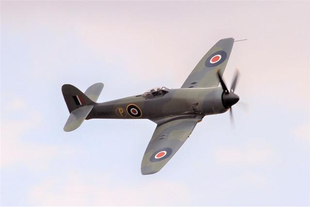 SR661 (G-CBEL) 1953 Hawker Sea Fury FB11 RN Flying Legends Duxford 14.07.18