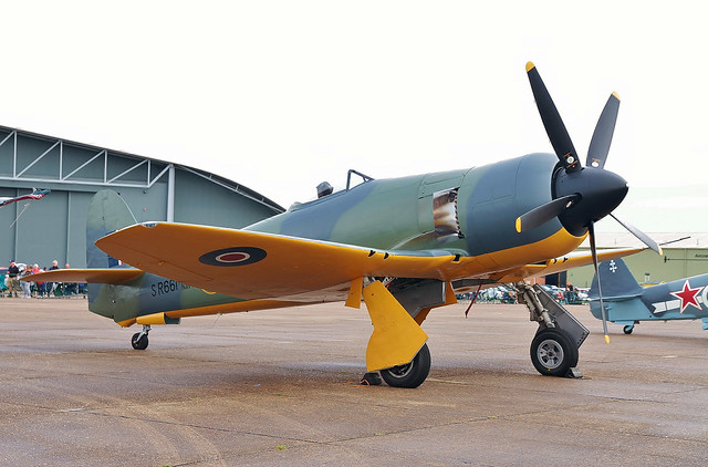 SR661 (G-CBEL) 1953 Hawker Sea Fury FB11 RN BoB Air Show Duxford 23.09.17